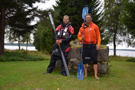 Peter Svanberg tillsammans med Erik B Jörgensen vid röse 59 i Haparanda